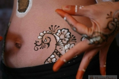 belly henna image 10