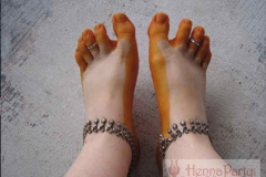 feet and legs henna image 39